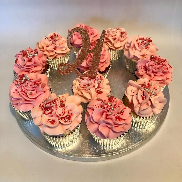 21st cupcakes.jpg