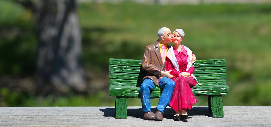 old-couple-2313286.jpg