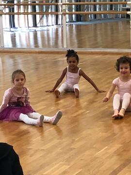 Cours d'éveil - Les Corps Dansants