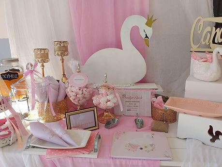 baptism deco swan.jpg