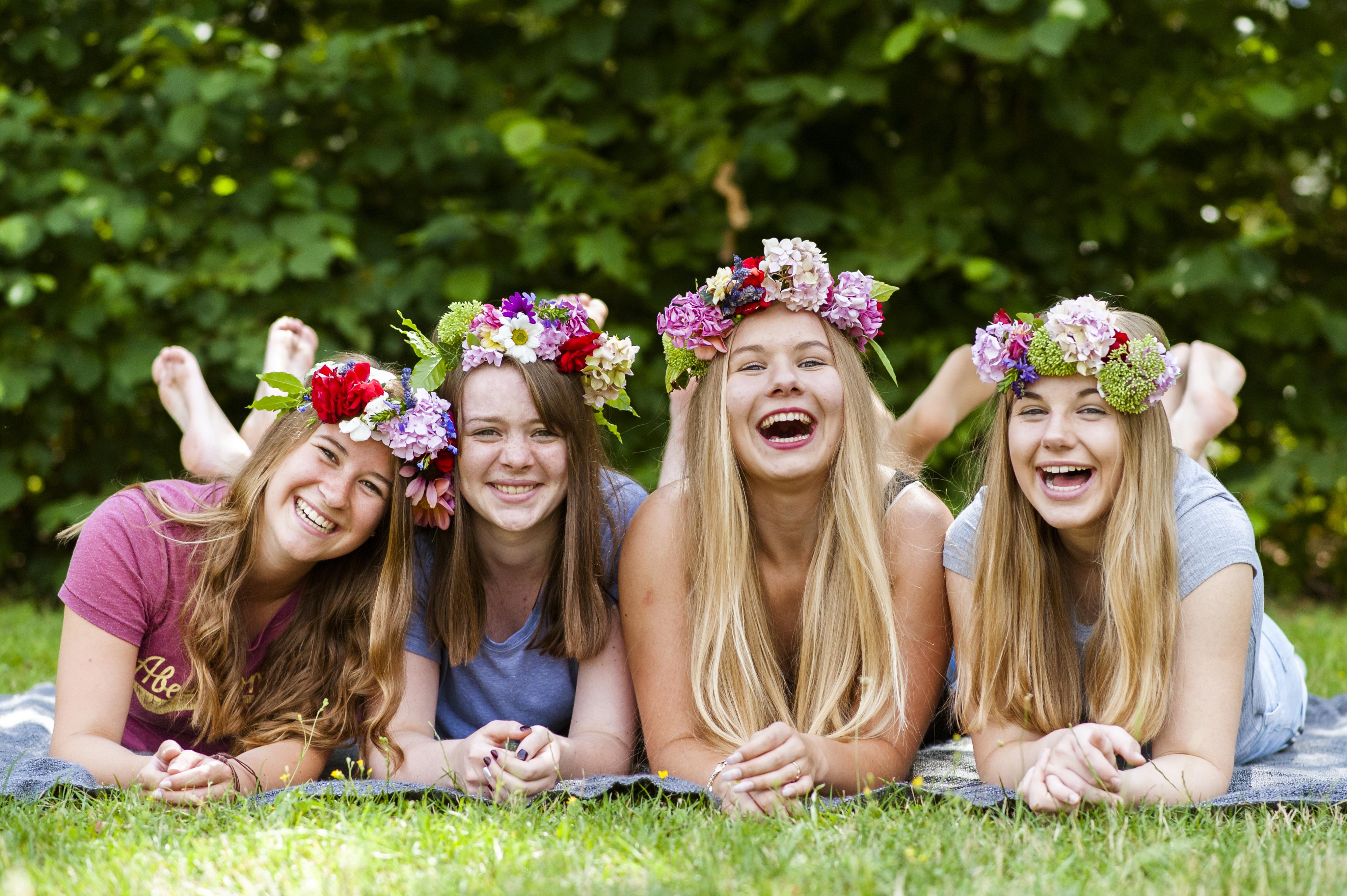 Mädchen, Sommer, Blumenkranz