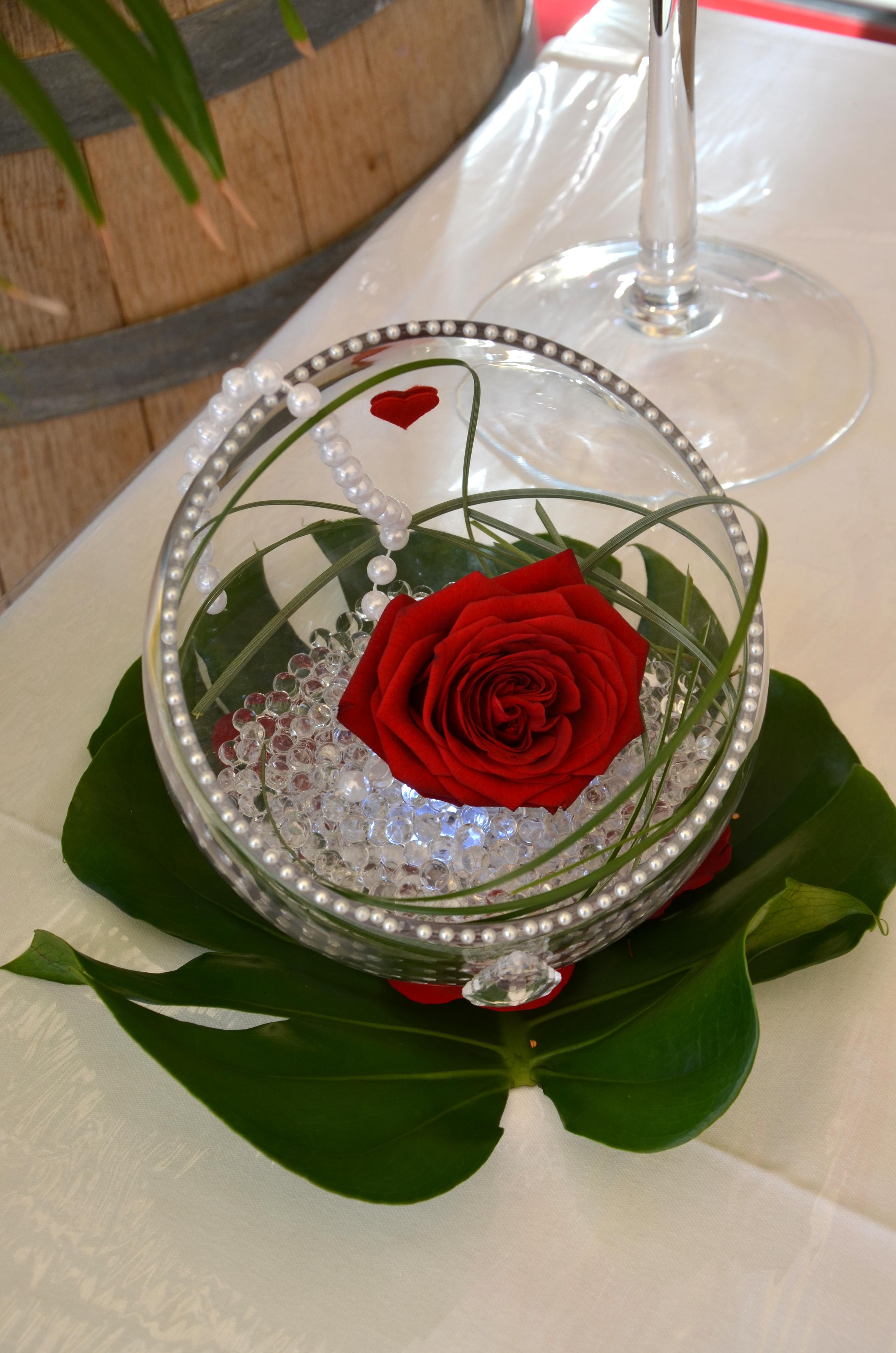 Mariage autour de la rose rouge