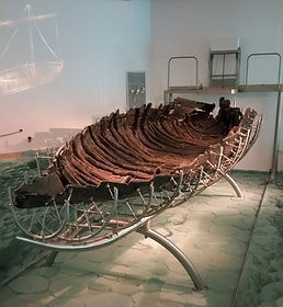 2,000_year-old_Galilee_Boat_25258474614_