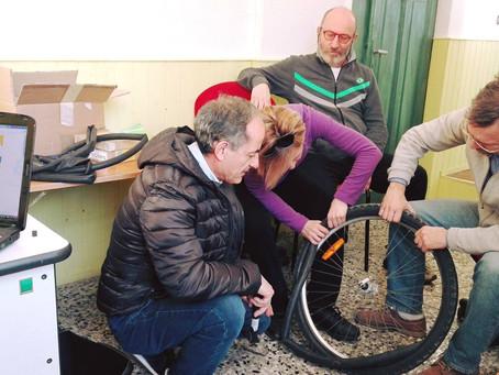 18/03: Mini corso di riparazione bici