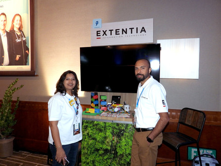Extentia-Booth-Salesforce-Dreamforce-201