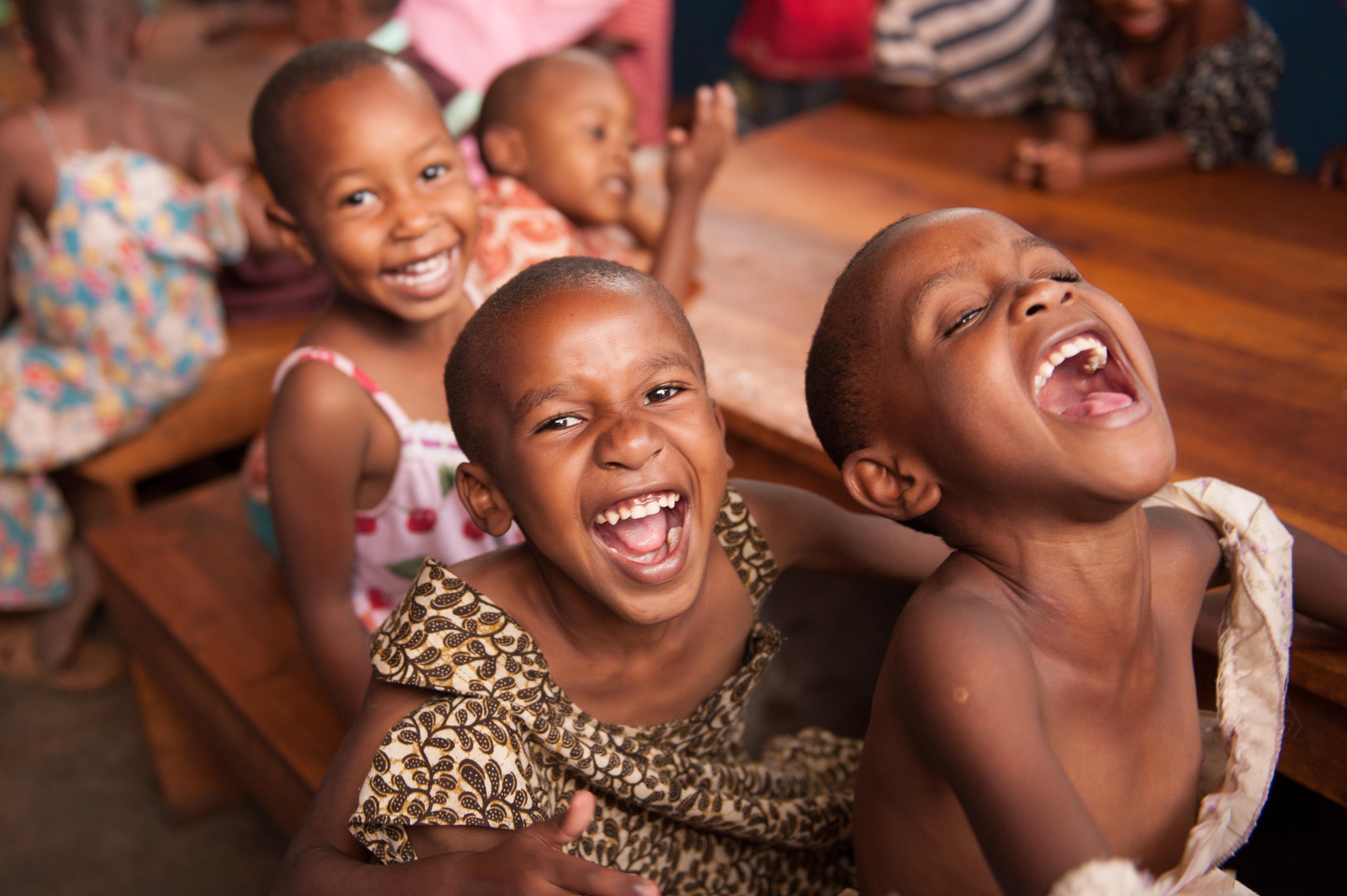 fli-laughing-children