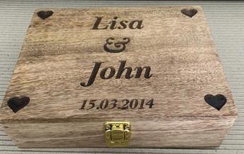 WEDDING ANNIVERSARY BOX