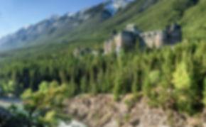 Banff Springs Hotel.jpg