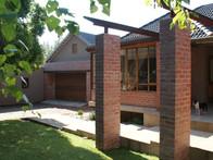 House De Necker      Bloemfontein