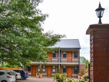 Clarens Retreat Guest House