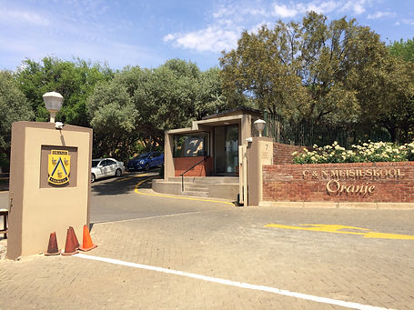 Oranje Meisieskool entrance