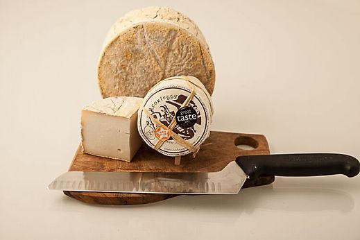 corleggy_Goat_Cheese.jpg