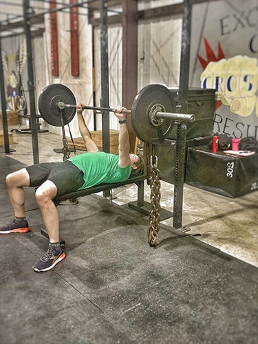 Dynamic Day Benchpress with Chains.jpg