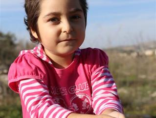 קו לחיים באינטרנט ליה בת ה-6 חולה בלוקמיה; מיליון ש' יצילו את חייה
