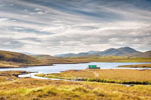 Loch Valtos, Laxay