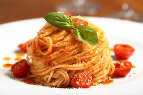 Espaguetti  pomodoro (en salsa de tomate) Ff