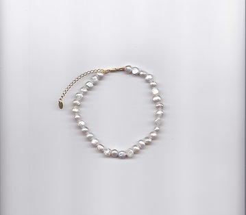 THE PEARLY ANKLET