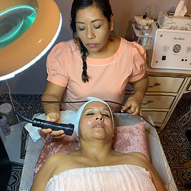Lifting Facial con Aparatología