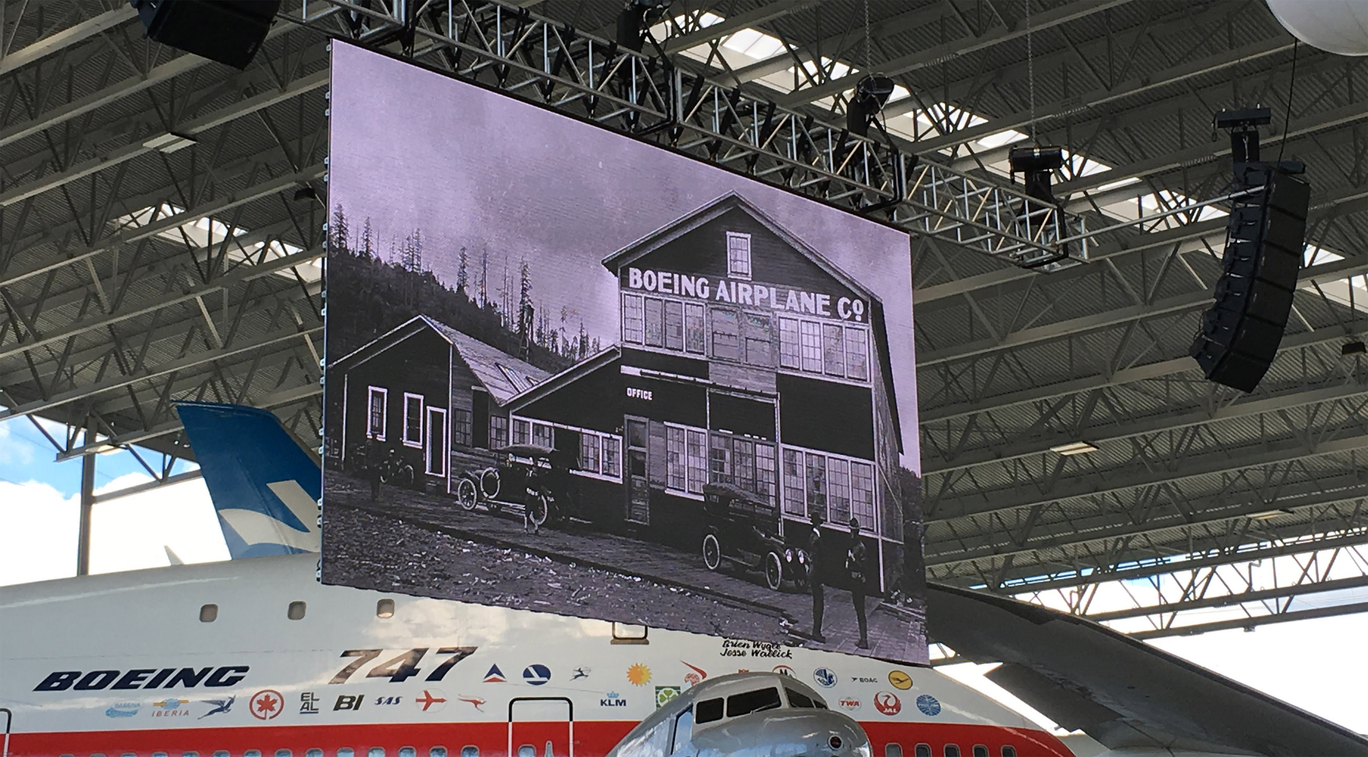 Boeing 2.8mm LED video wall