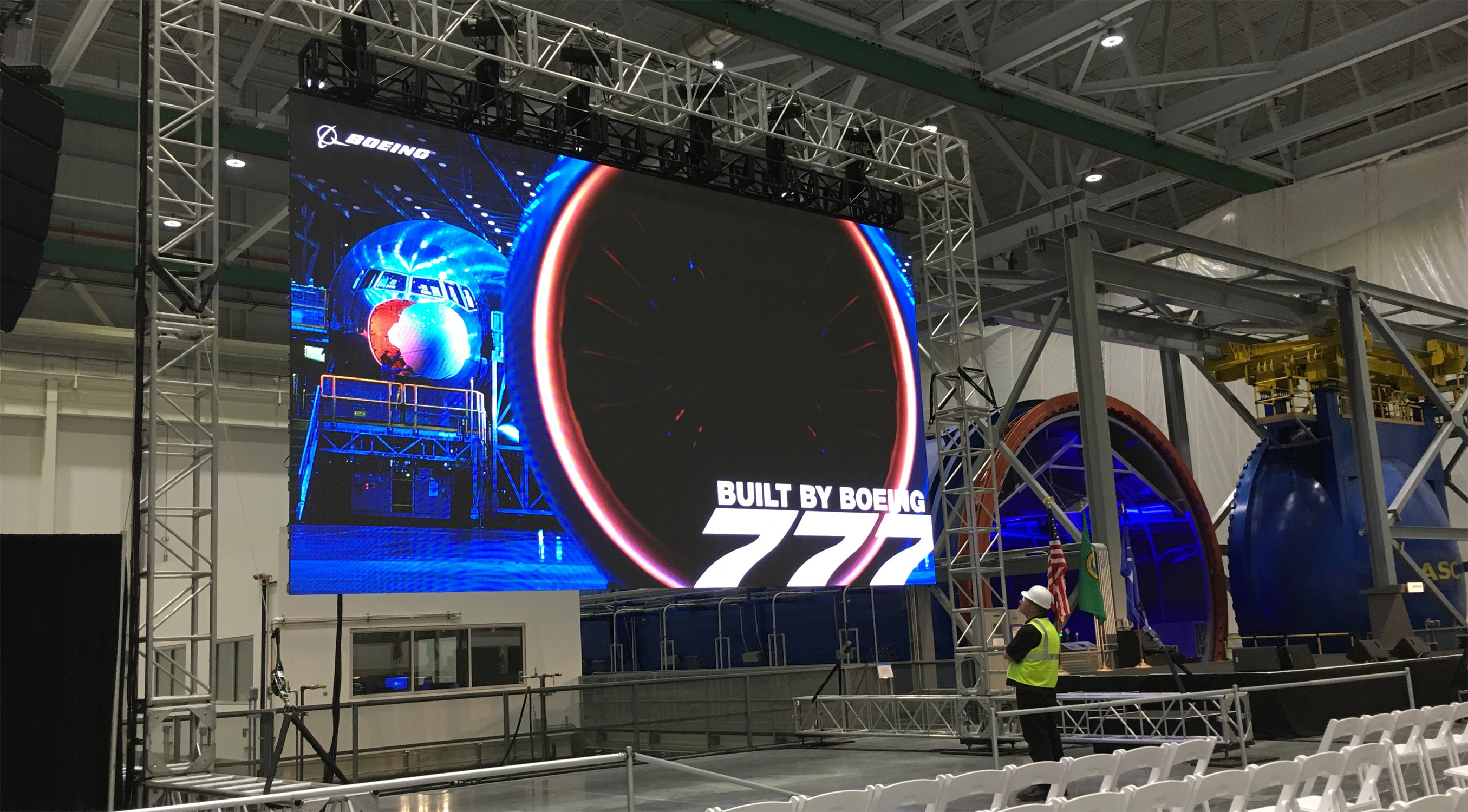 27' x 15' LED video wall