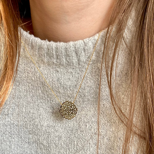 collier Médaille Arabesque