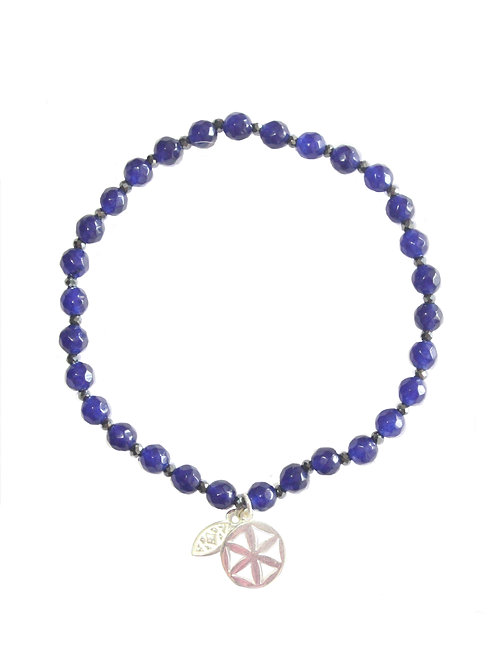 Beaded bracelet in blue chalcedony and silver flower of life charm