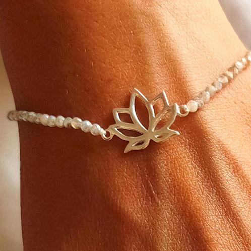 Bracelet with silver spiritual lotus and labradorite