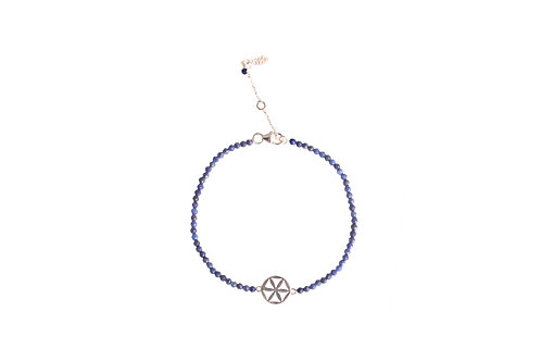 Bracelet with silver flower of life charm and lapis beads