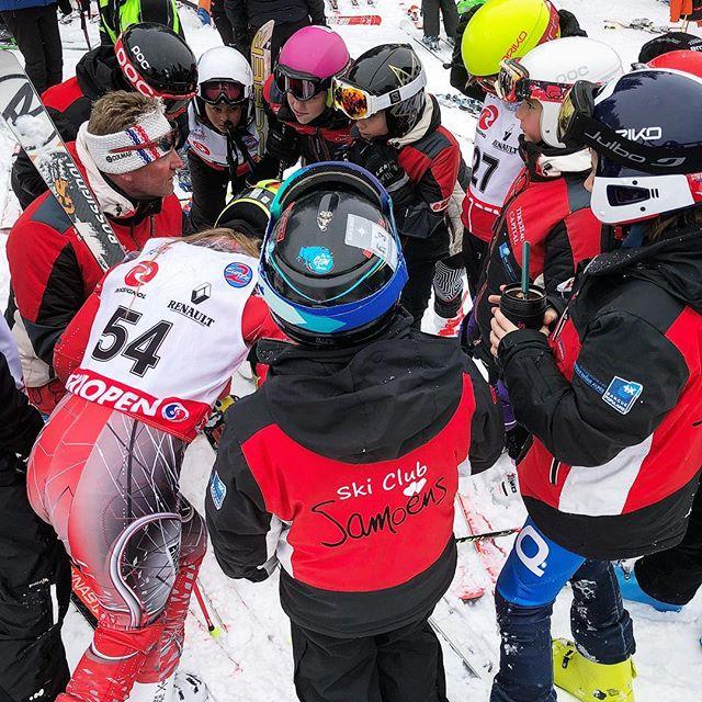 Briefing en course #skiclubsamoens #skicompetitionsamoens #samoens #grandmassif