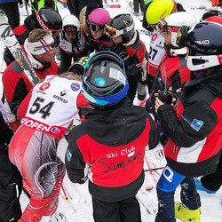 Briefing en course #skiclubsamoens #skicompetitionsamoens #samoens #grandmassif