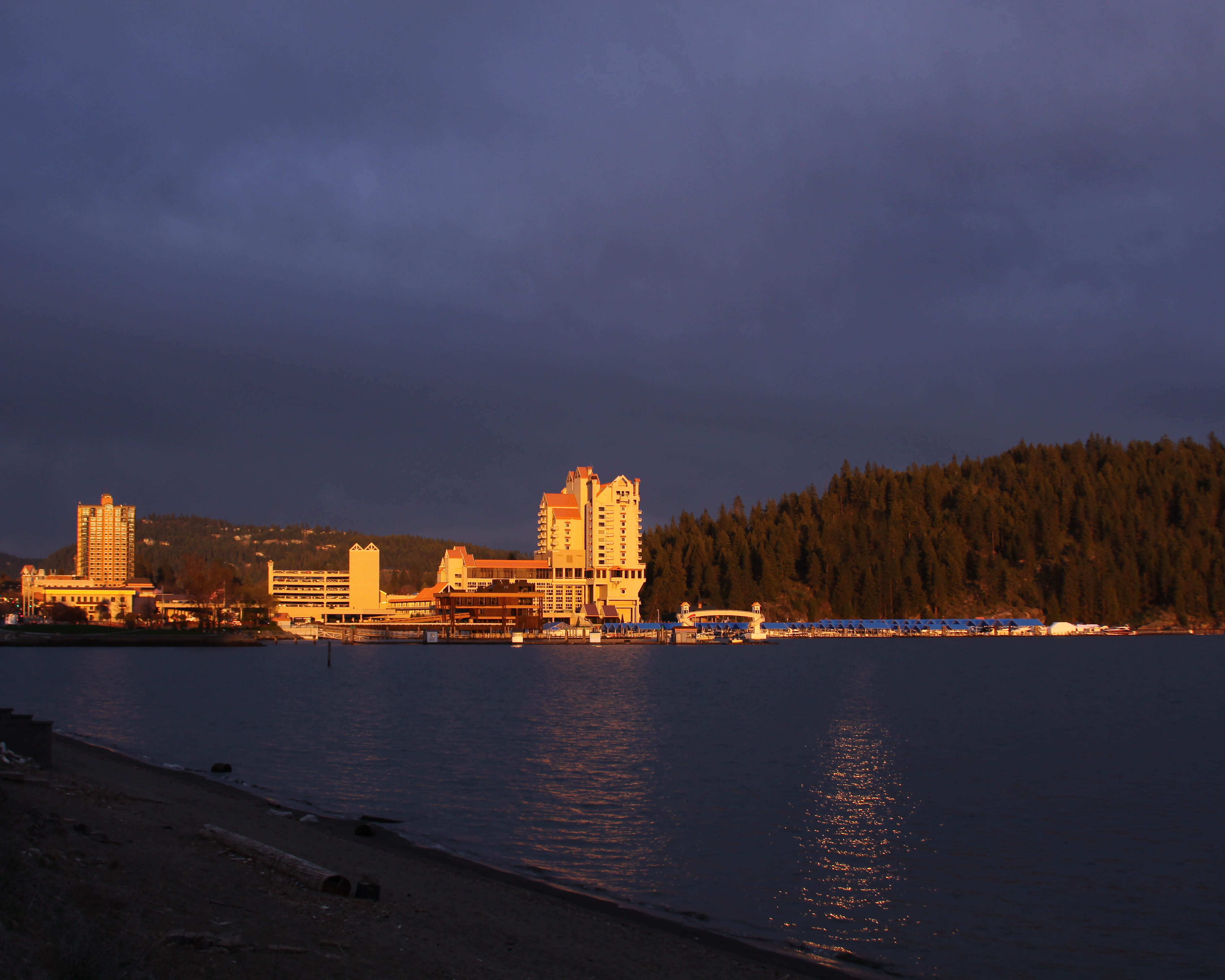 Coeur d'Alene Resort at Sunset