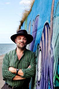 Richard Dee Author Photo