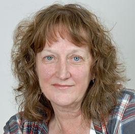 Carolyn Hughes Author Photo