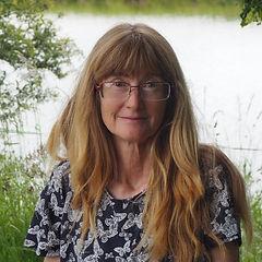 Stephanie Dagg Author Photo