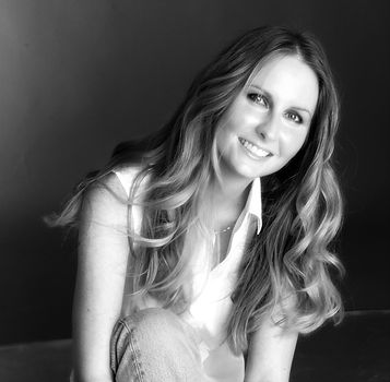 Maxine Morrey Author Photo