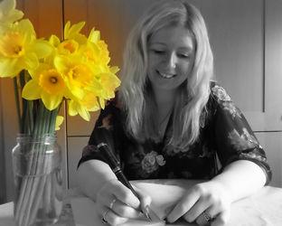 Helen Cox Author Photo