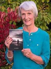 Jo Jackson Author Photo