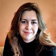 M K Wiseman Author Photo