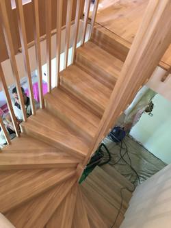 Pose du nouvel escalier