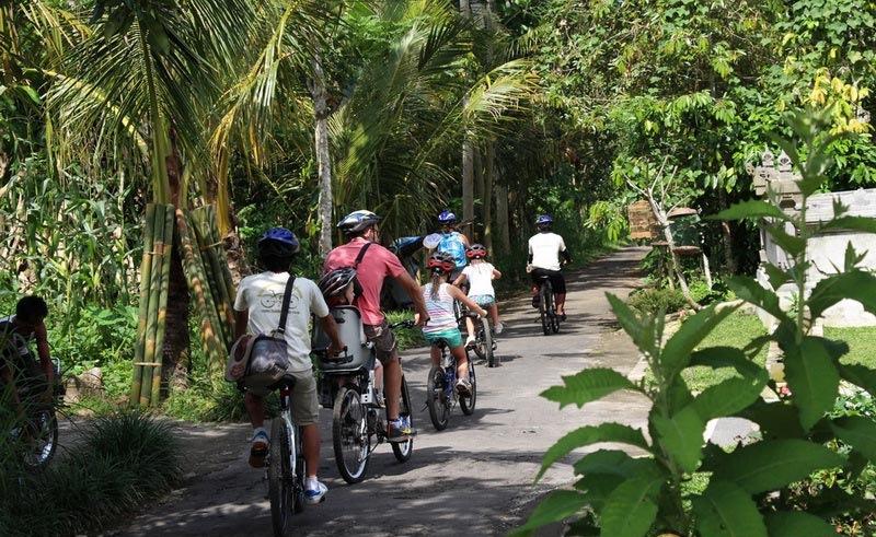 Randonnée à vélo en FAMILLE