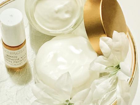 JASMIN Essential Oil Beauty Wellness Benefits
