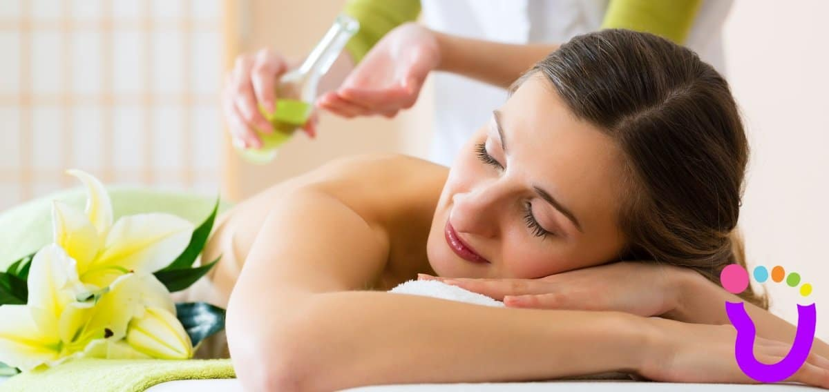 Aromatherapy Holistic Massage