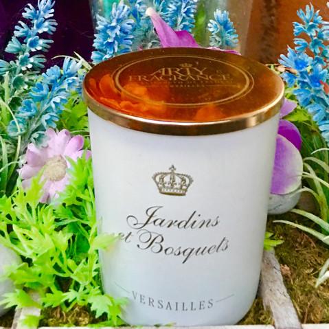 Arty-Fragrance by Elisabeth de Feydeau Versailles