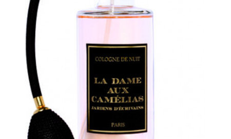 «La Dame aux Camélias «Cologne de Nuit 250ml-8,5oz