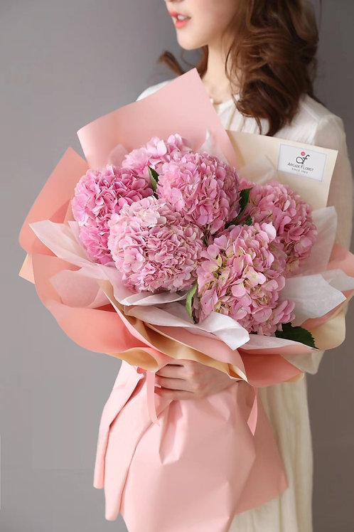 Lux Hydrandea Bouquet