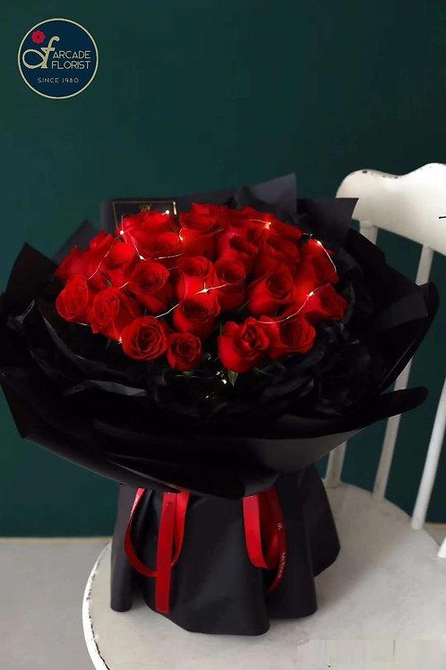 33 Love Bouquet (regular rose)