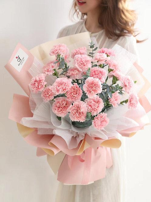 Lux Carnation Bouquet