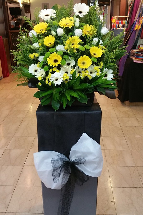 Condolence Flower Stand (Regular)