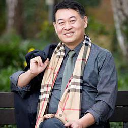 Dr. Chris Zhang Principle of Sager education