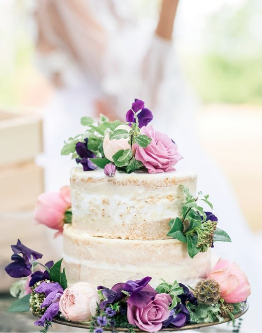 purple wedding cake.jpg
